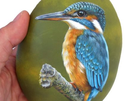 Kingfisher Hand Painted On A Smooth Sea Rock