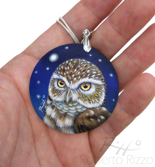 Hand painted little owl jewel